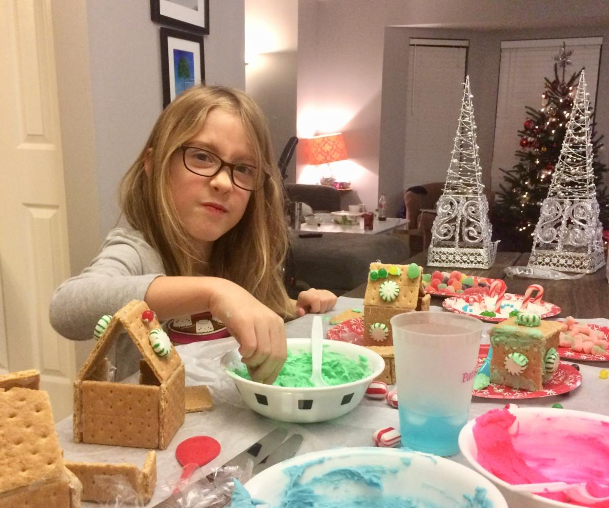5 holiday cookie decorating classes in Birmingham, including a gingerbread house workshop