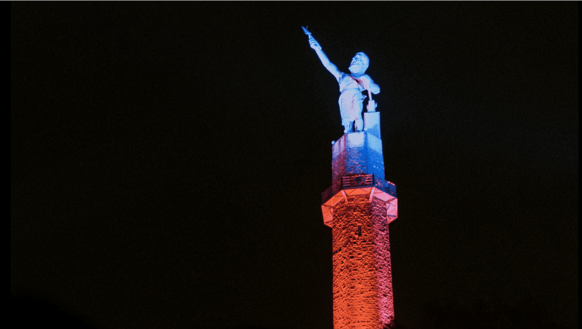 See Vulcan light up the Birmingham sky during the Holiday Light Show, Dec 8-23