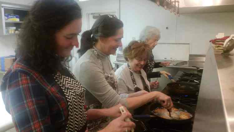 A lotta latkes at Temple Beth-El Birmingham