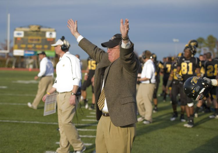 General Krulak cheers on the BSC football team