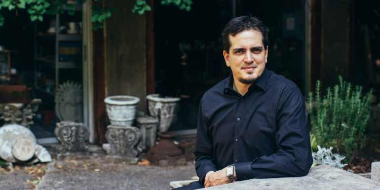 Carlos Izcaray of the Alabama Symphony Orchestra