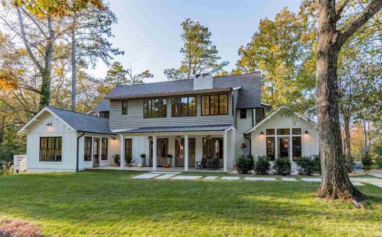 Home at 1850 Lake Ridge Road