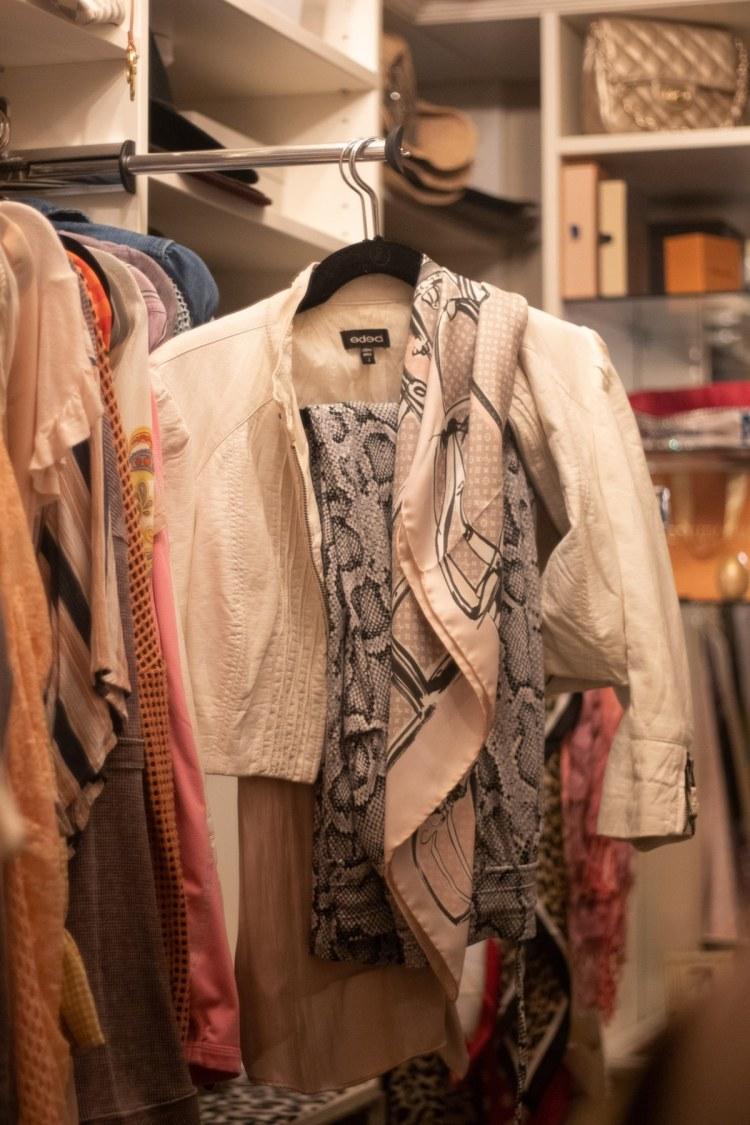 wardrobe pulls