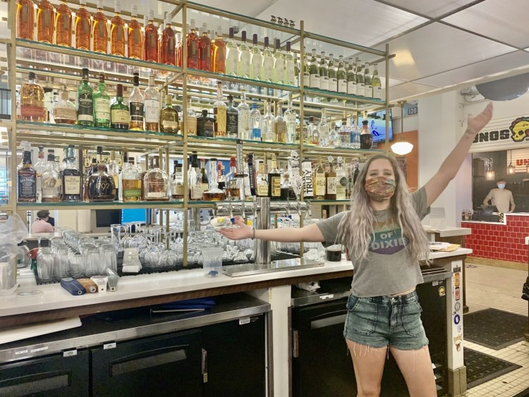 Birmingham, The Louis Bar