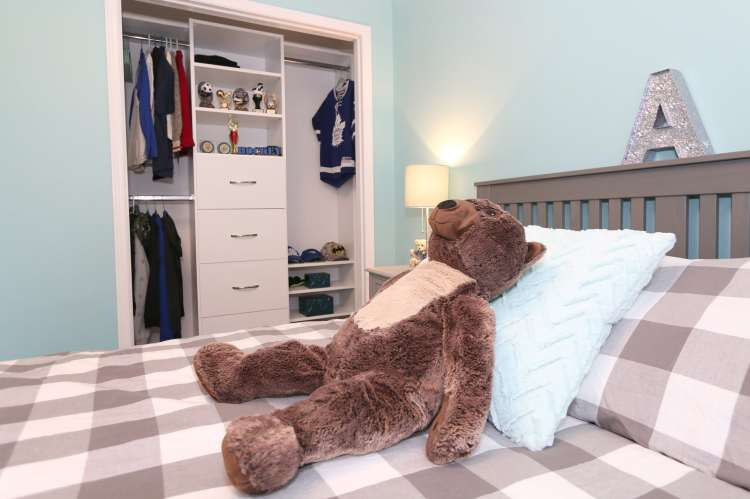 organize your child's room with a built-in closet