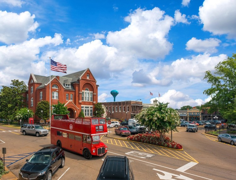 Birmingham, Oxford, Mississippi