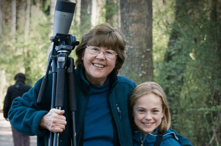 Anne Miller, founder of the Alabama Wildlife Center receives Alabama Audubon's Yellowhammer Award