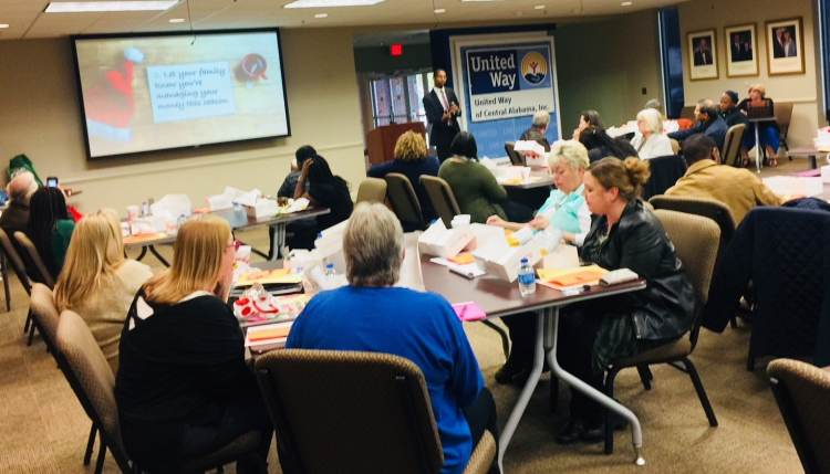 financial literacy class with United Way