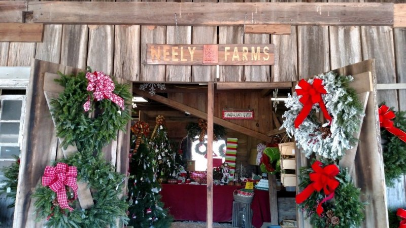 Neely Farm's storefront