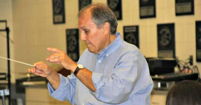 Jim Duren conducting at Oak Mountain