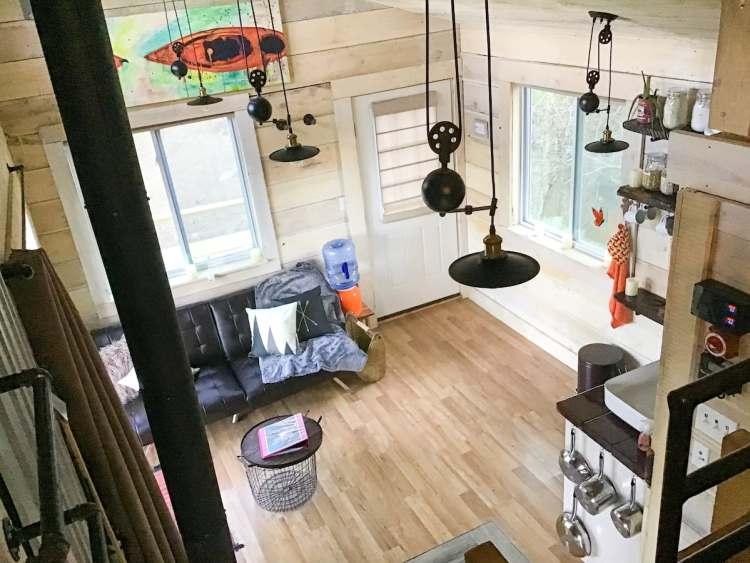 Birmingham getaway - view of Case Rock Cabin living room