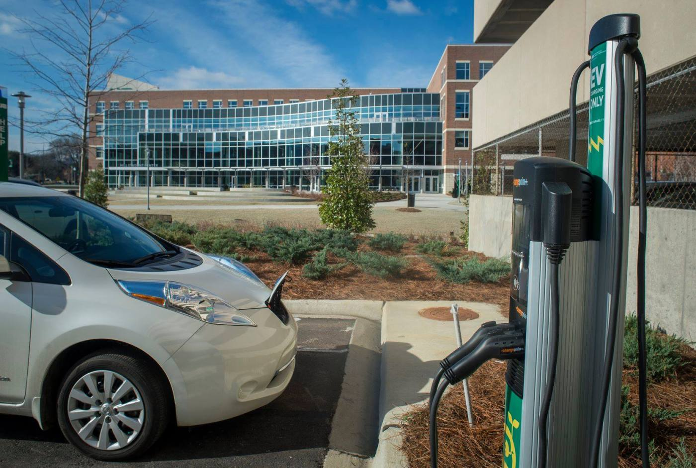 Car charging on UAB's campus