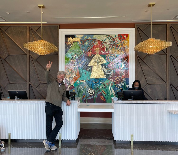 tres taylor valley hotel mural homewood
