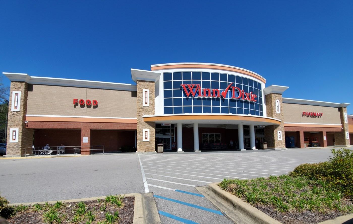 Winn Dixie store front