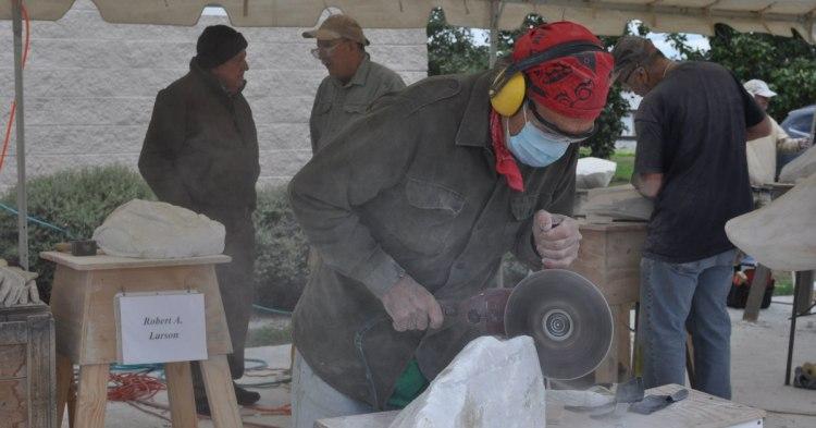 scultpor at the Sylacauga Marble Festival