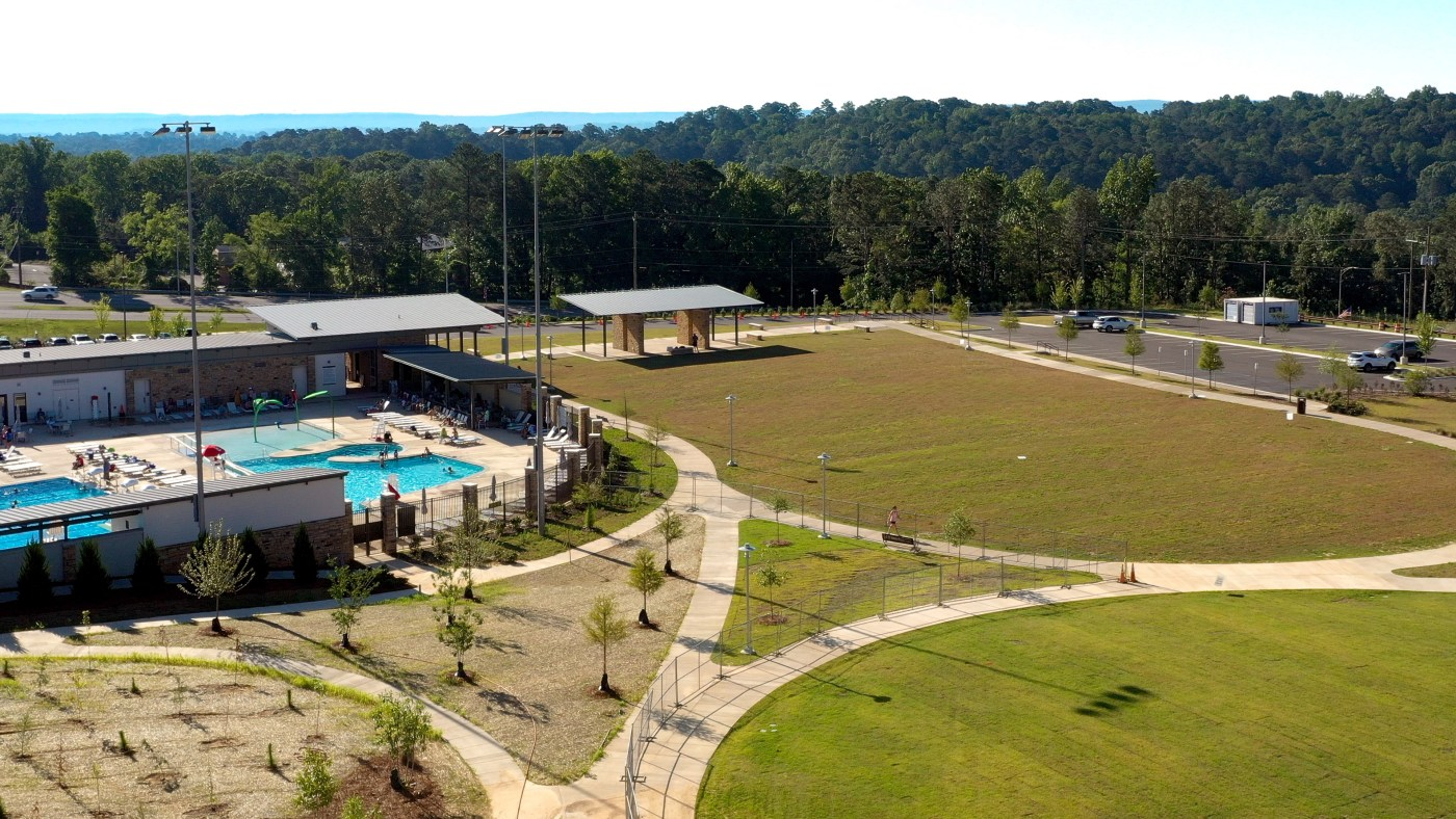 Aquatic complex and fields at Wald Park