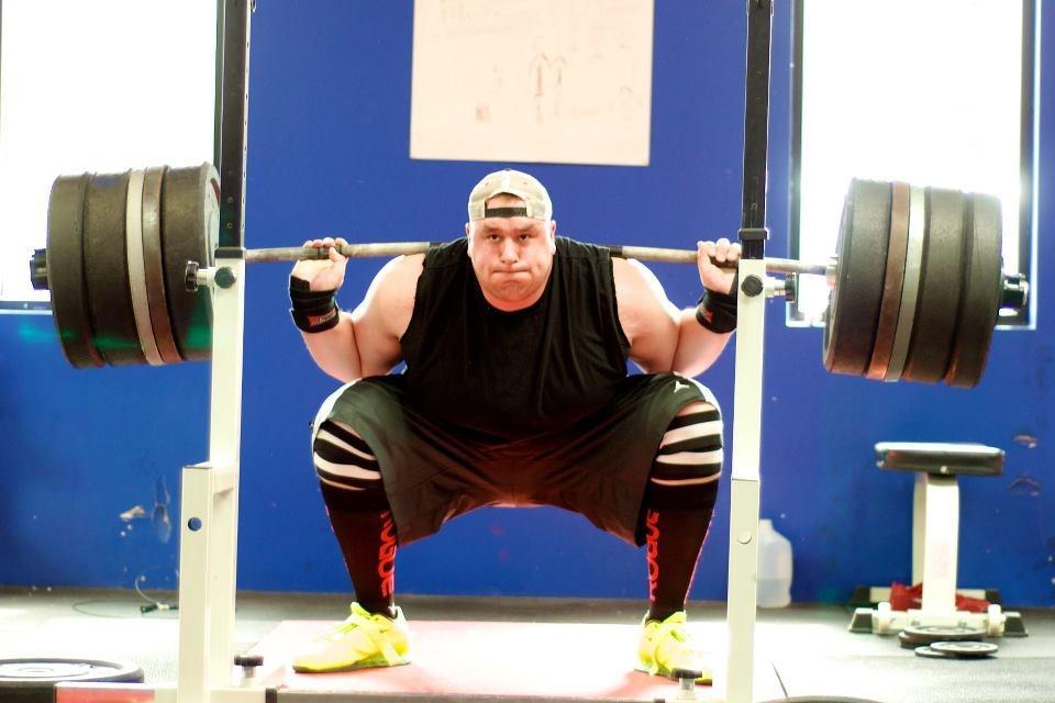 Ben Podbielski at a strongest man competition