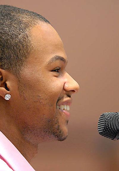 Frazier Singing - Bob Farley - F8photo.org