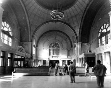 Birmingham_Terminal_interior