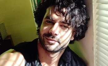 Singh Aditya Model Singh