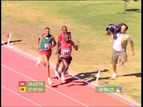 Viral Video: Cameraman runs such race to cover athletes, himself becomes 'winner'