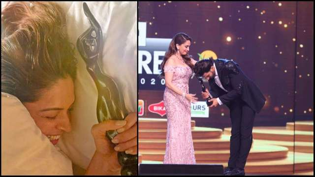 Filmfare2020: Deepika Padukone happy with trophy, share this special picture