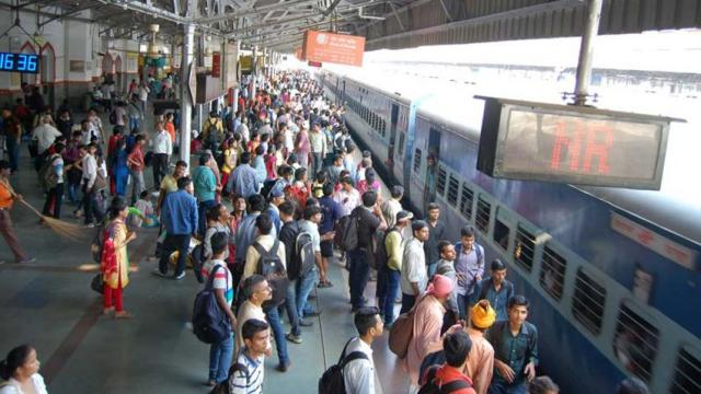 IRCTC: 2.5 lakh passengers to travel, sold 1.5 lakh tickets within 2 hours