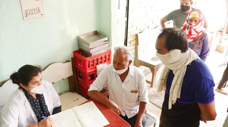 होम्योपैथिक दवा का 500 लोगों को वितरण किया