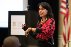 Leadership Council on Legal Diversity (LCLD), March 7, 2015: Ritu Bhasin leading a workshop on the power of relationship-building for the Class of 2015 Fellows – New Orleans, LA