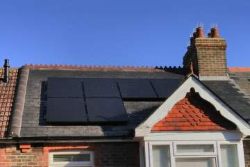 domestic rooftop solar panels battery storage combination brighton hove