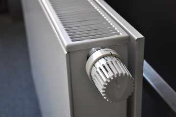 radiator-heating-flat-radiators-thermostat- pxfuel