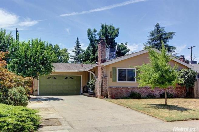8574 Everglade Dr, Sacramento, CA 95826