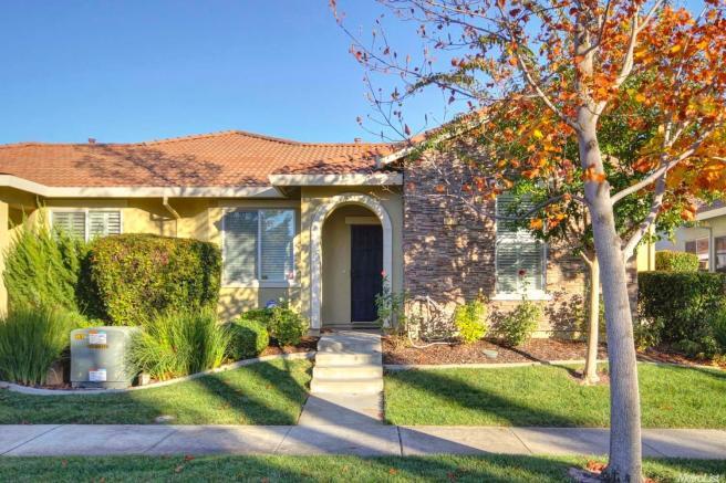 5824 Northborough Dr, Sacramento, CA 95835