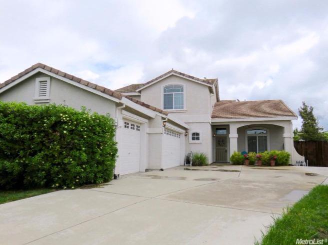 2900 Azalea Pl, West Sacramento, CA 95691