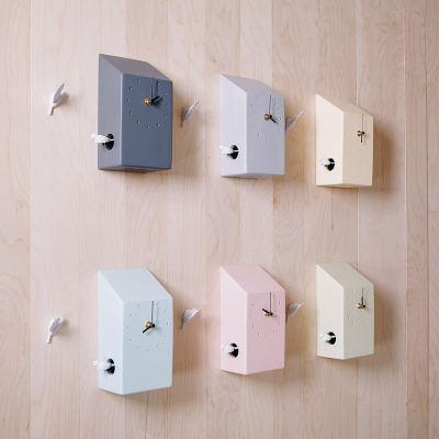 cuckoo-x-clock-home-blue-03-amara