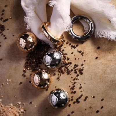 stars-salt-pepper-shakers-set-of-2-gold-white-crystals-02-amara