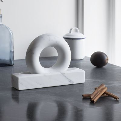 tondo-mortar-and-pestle-grey-white
