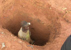 Artisanal Miners Threaten to Destroy the Bulawayo-Beitbridge Railway Line