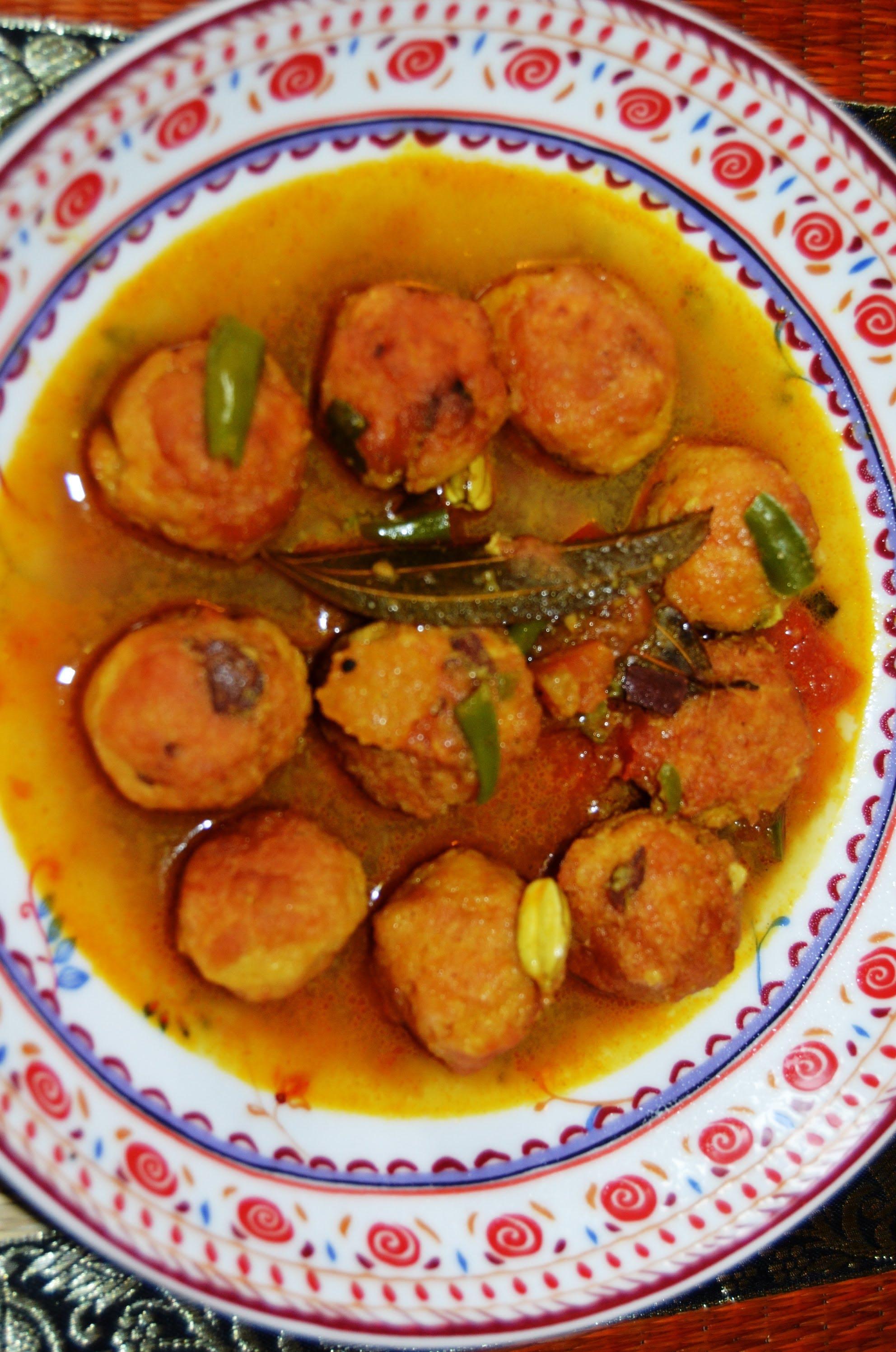 Chital macher muitha