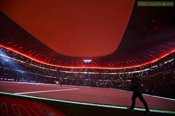 The Allianz Arena lit up for Christmas. A thing of beauty.