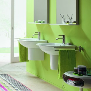 08_My_first_own_bathroom_with_Darling_New