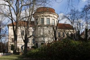 Sternbersky palác NG_zahrada_Vladimír Lacena