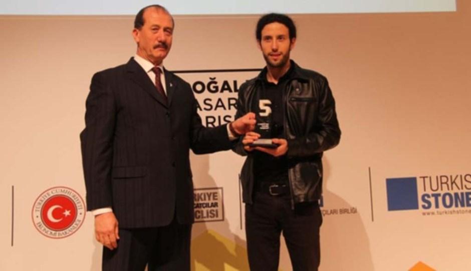 Ali Kahyaoğlu, Barış Taşlık