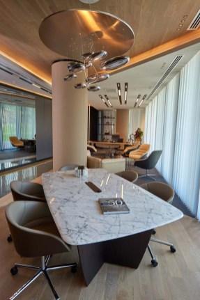 Mercedes Benz ofis alanı - ADDO NEL toplantı masası