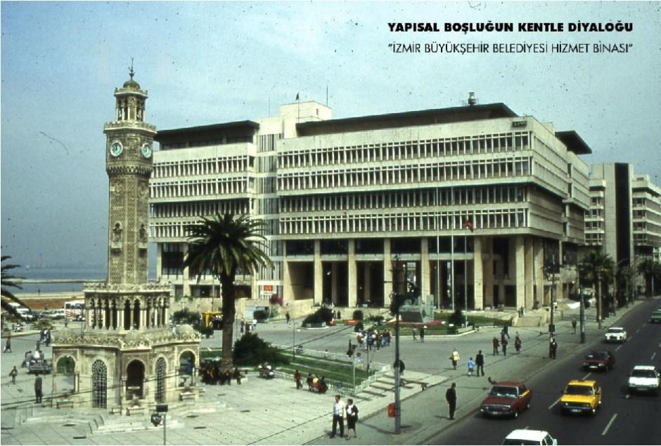 İzmir Büyükşehir Belediyesi Hizmet Binası