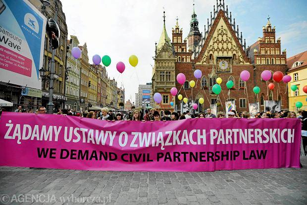 Wrocław, 25 września 2010 r. Demonstracja poparcia dla ustawy o związkach partnerskich