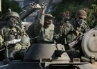 Ze wschodniej Ukrainy na defiladę do Moskwy?