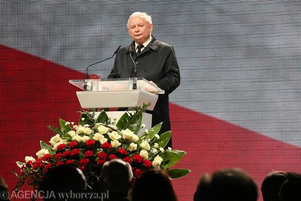 Jarosław Kaczyński podczas obchodów 5. rocznicy katastrofy smoleńskiej