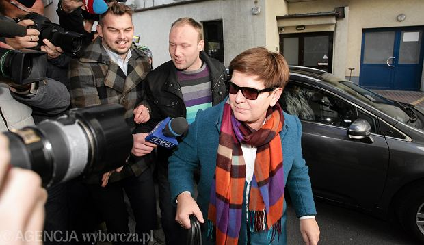 Beata Szydło w drodze na zarząd polityczny PiS