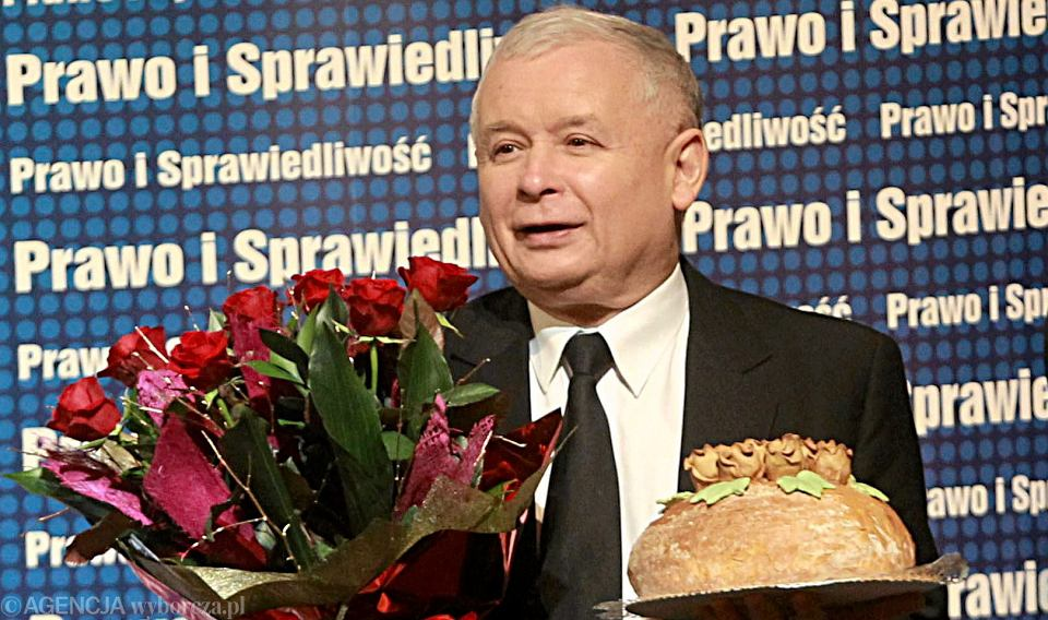07.12.2013 Pszczyna . Prezes PIS Jarosław Kaczyński podczas spotkania z mieszkańcami miasta w Miejskim Domu Kultury